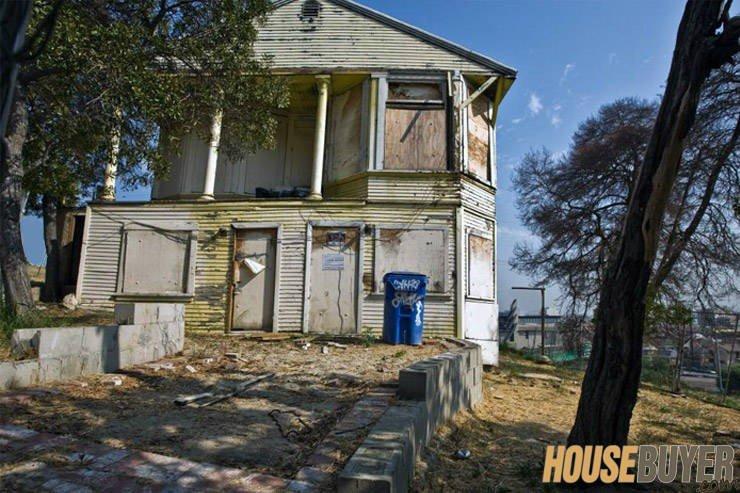 distressed Real Estate expert Fort Wayne